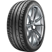 Taurus Ultra High Performance 235/45R17 97Y