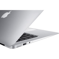 Apple MacBook Air 13'' (MD232C18GRS/A) Image #14